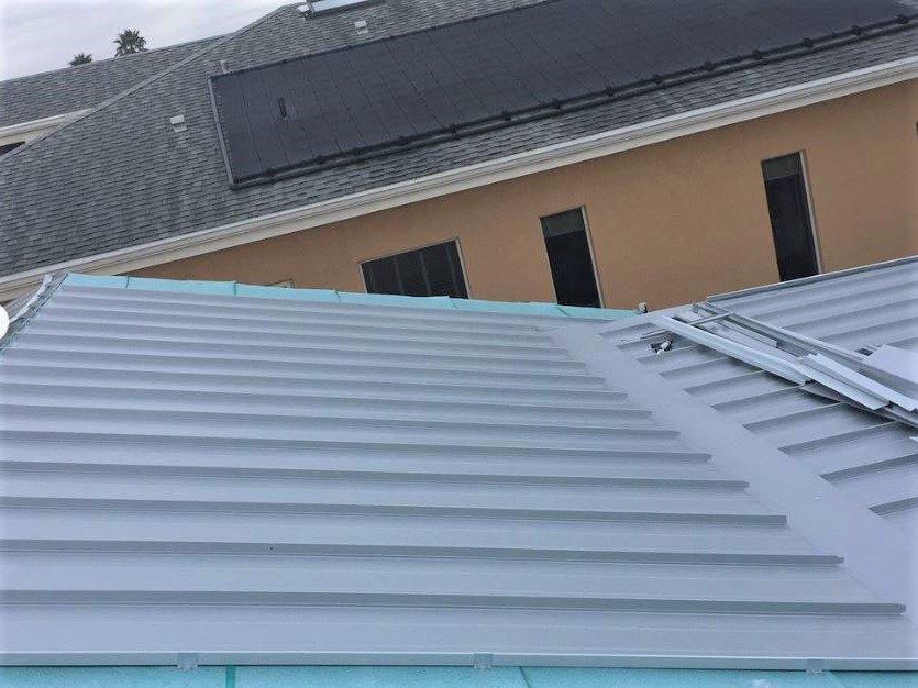 Aluminum standing seam roof installation