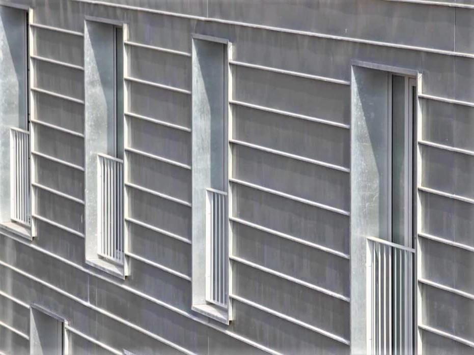 Standing seam zinc façade