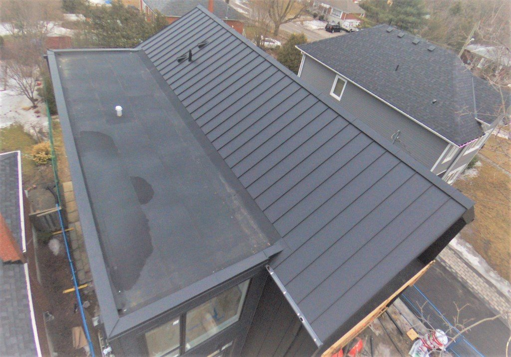 Flat roof installation in Toronto