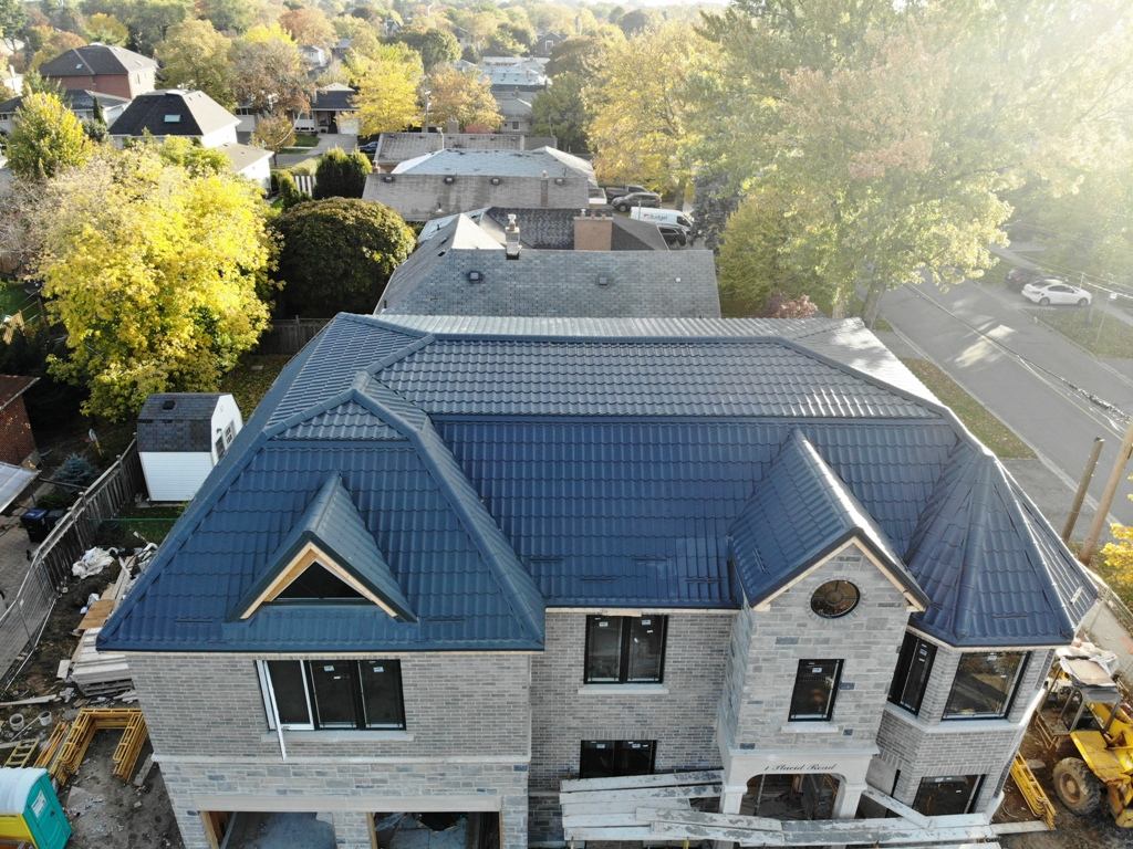 New roof for a new house in Etobicoke