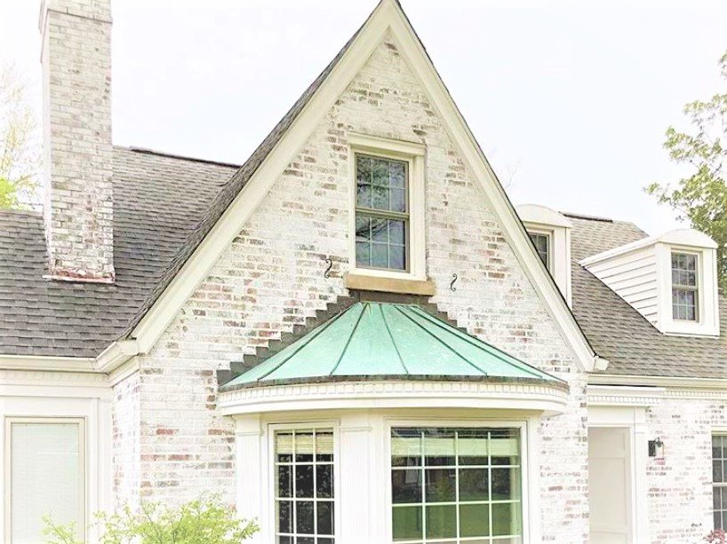 Copper patina roof: bay window standing seam