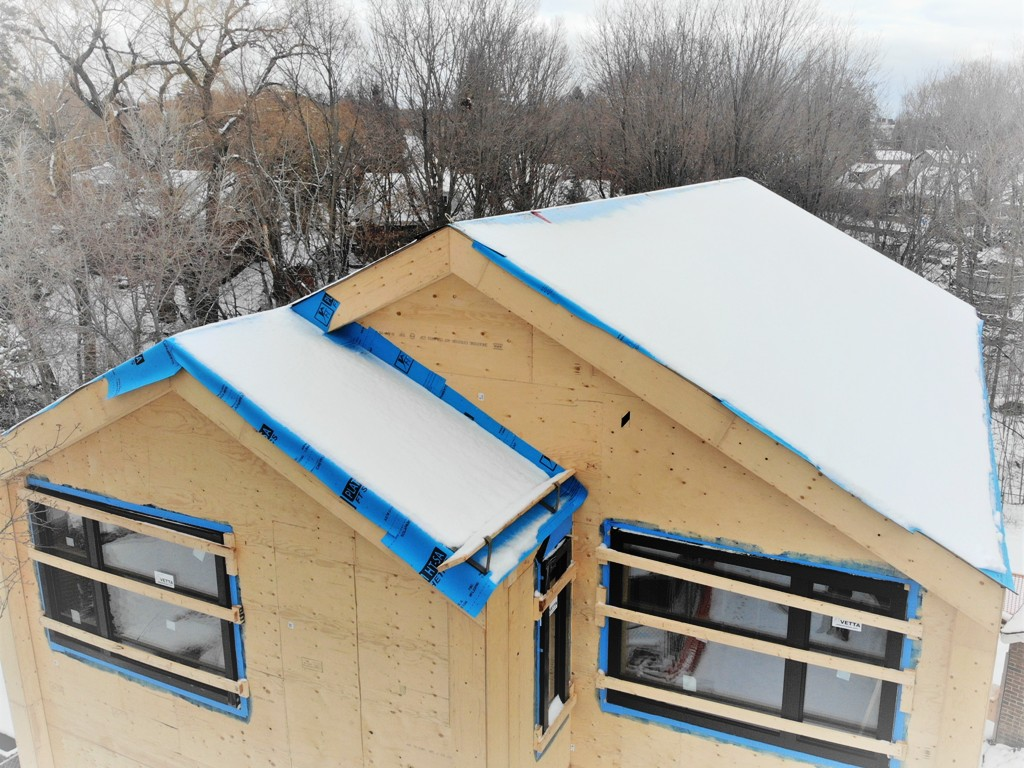 New project: standing seam for roof and cladding.