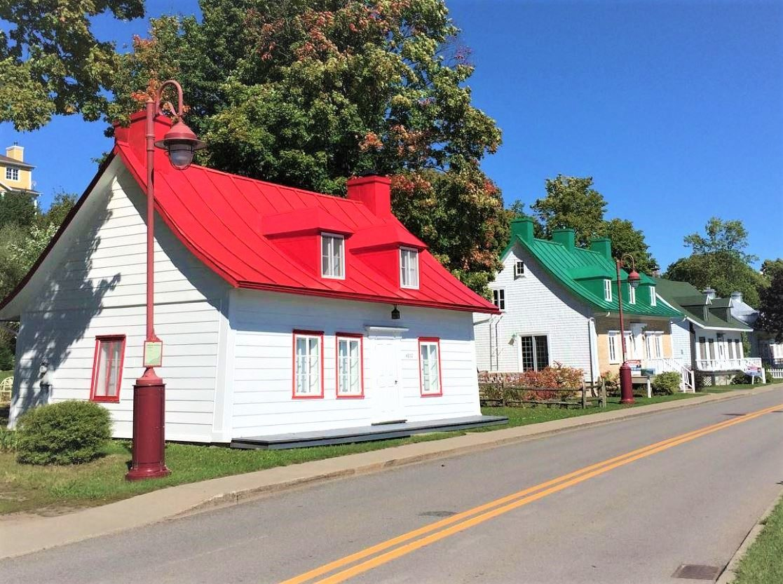 painted metal roofs in Canada