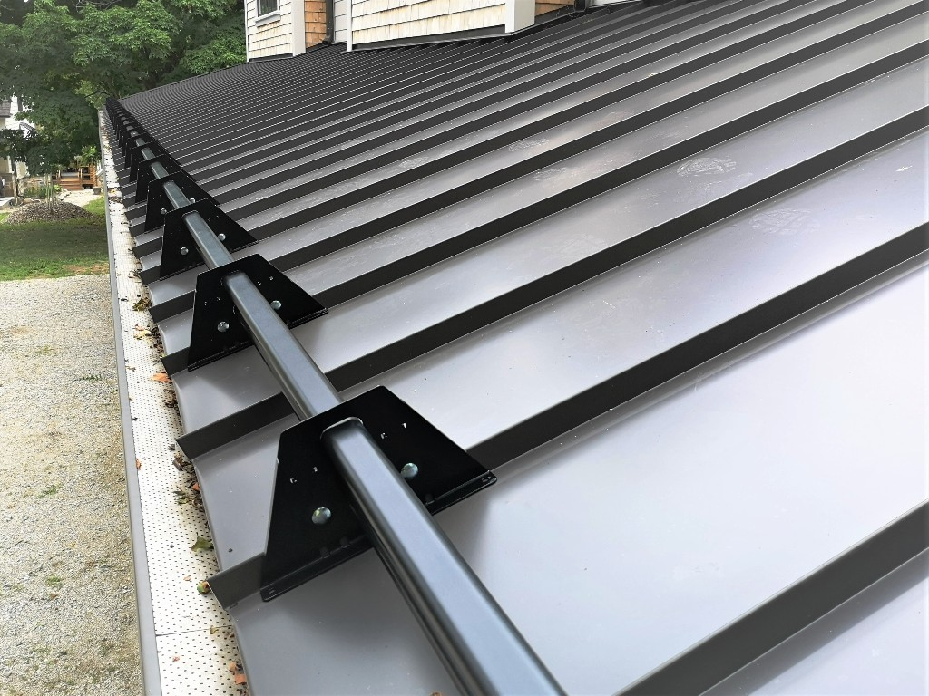 Steel Tubular Snow Guards for Standing Seam Metal Roof